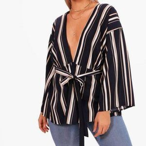 NWT BooHoo Plus Size Beth Woven Striped Belted Top
